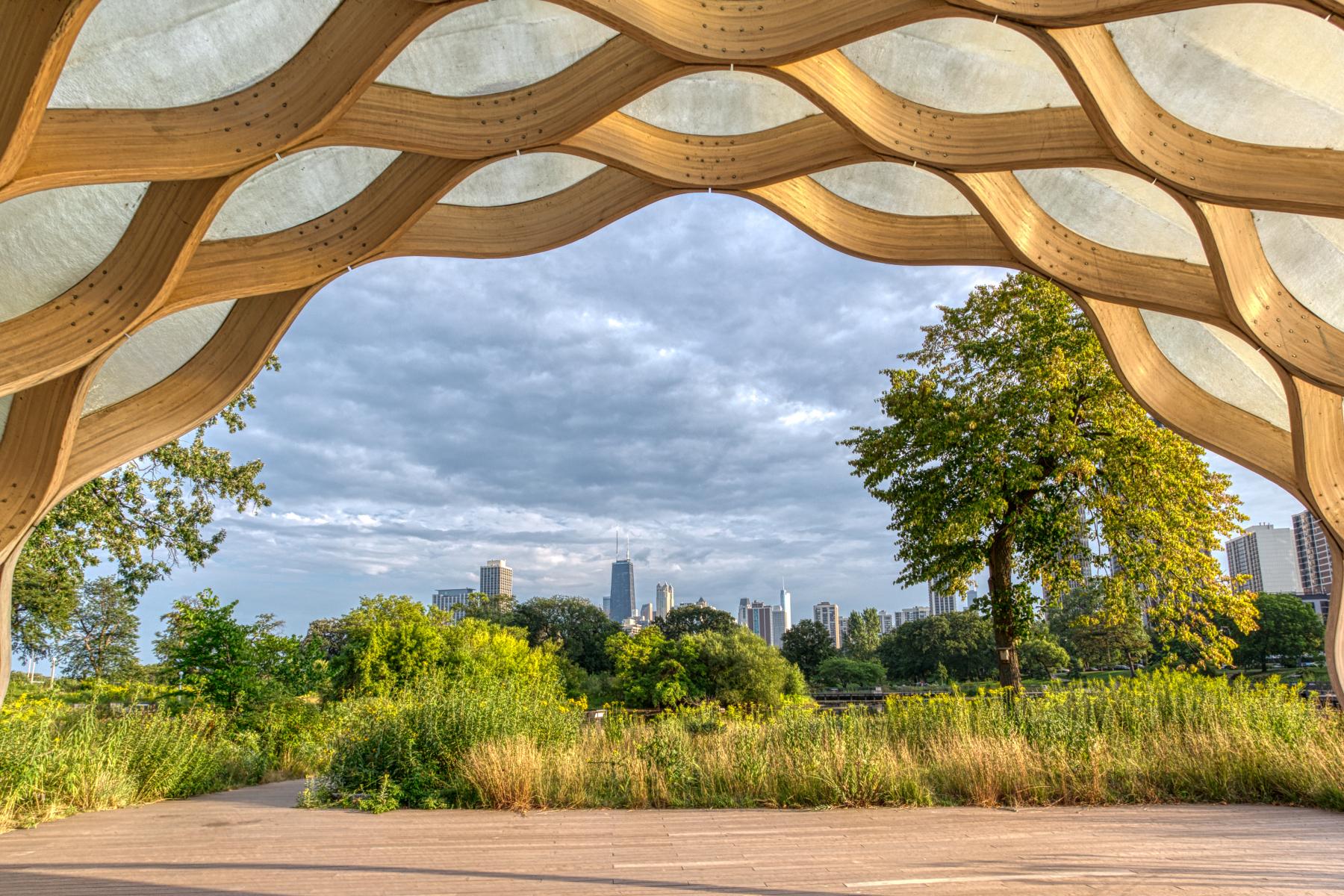 Chicago-Skyline-Peoples-Gas-Pavilion-©Lauri-Novak