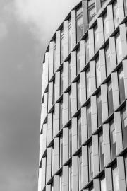 Architecture-Along-the-Thames-Three-©Lauri-Novak