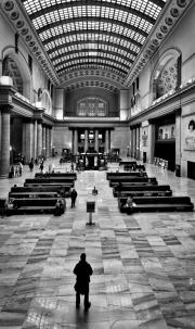 Union-Station-Waiting-©Lauri-Novak