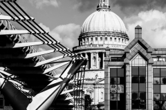 St.-Pauls-Cathedral-Millennium-Bridge-London-©2019-Lauri-Novak
