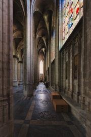 Cathedral-columns-Brussels-©Lauri-Novak