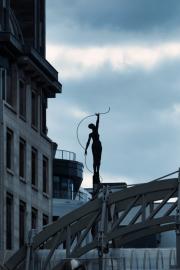 Woman-silhouette-on-bridge-2-in-Brussels-©Lauri-Novak